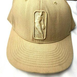 Reebok NBA Beige Fitted Hat Acrylic Embroidered